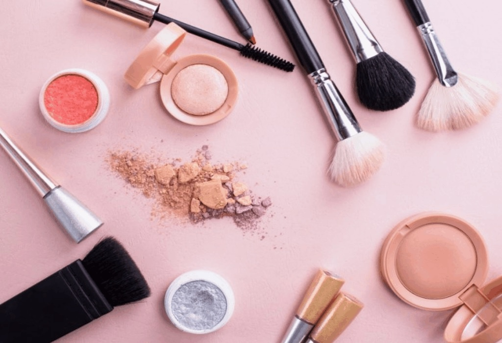Best Natural Makeup for Gorgeous Skin